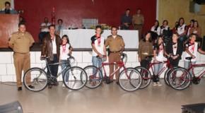 Proerd, da Polícia Militar, forma nova turma de multiplicadores em Tapira